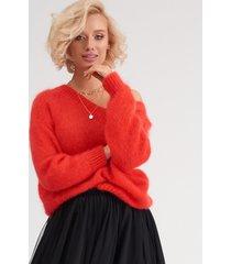 sweter z moheru