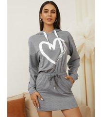 yoins minivestido de manga larga con capucha y estampado de corazón gris