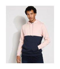 blusão de moletom bicolor com bolso canguru e capuz rosa claro