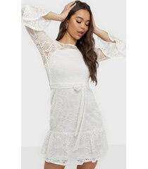 sisters point emma lace dress loose fit