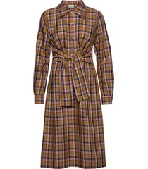 aciegz dress ma19 jurk knielengte bruin gestuz