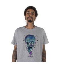 camiseta   stoned crazy brain cinza