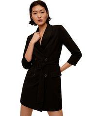 abrigo negro mng