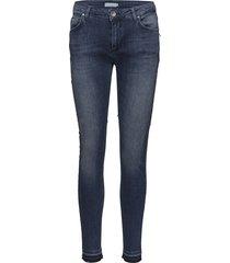 slim fit jeans w. raw edges slimmade jeans blå coster copenhagen