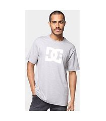 camiseta dc shoes básica star masculina