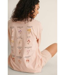 na-kd trend t-shirt med tryck - pink