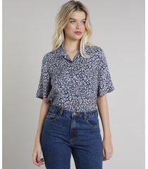 camisa feminina mindset estampada floral manga curta azul marinho