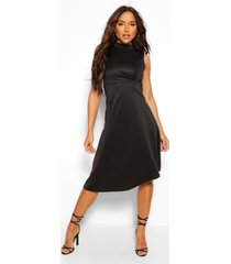 asymmetrische midi skater jurk met hoge kraag, zwart