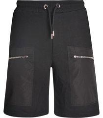 contrast pocket track shorts