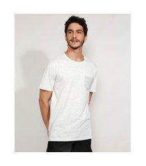 camiseta masculina manga curta básica com bolso gola careca cinza mescla claro