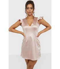 nly one satin a-line dress loose fit