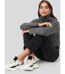 hannalicious x na-kd sporty chunky sole sneakers - black,white,beige