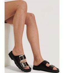 na-kd shoes chunky lädersandal med spänne - brown