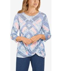 plus size relax and enjoy diamond patchwork twist hem top