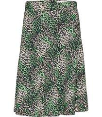 jungle dream stelly c knälång kjol grön mads nørgaard