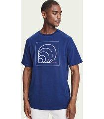 scotch & soda t-shirt van biologisch katoen met korte mouwen en artwork
