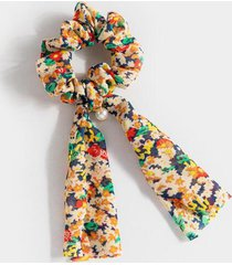 clarissa floral pony scarf with pearl - multi