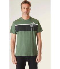 camiseta estampada pf ilha faixa vj reserva verde - verde - masculino - dafiti