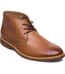 atticus limit desert boots snörskor brun clarks