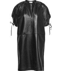 datisca kort klänning svart by malene birger