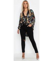 plus satijnen oversized kettingprint blouse, zwart
