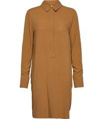 sc-radia knälång klänning brun soyaconcept