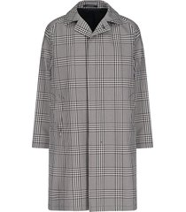 checkâ trench coat