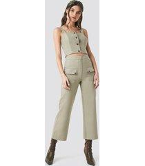 na-kd trend linen look front pocket cargo pants - green