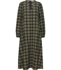 enjade dress 6800 knälång klänning grön envii