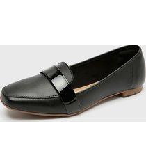 zapato plano negro beira rio