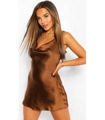 petite satijnen mini jurk met waterval hals, chocolade