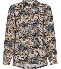 shirt in cupro w. flower field prin blouse lange mouwen groen coster copenhagen