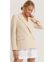 na-kd classic structured asymmetric blazer - beige