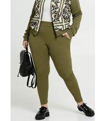 calça feminina legging bolsos plus size