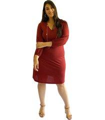 vestido acanalado con manga tipo globo vino plica