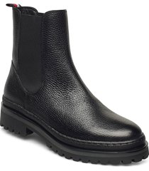 rugged classic chelsea boot shoes chelsea boots svart tommy hilfiger