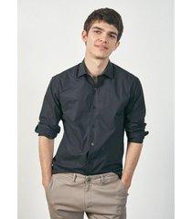camisa negra prototype icaria