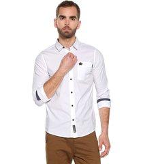 camisa blanco-azul americanino
