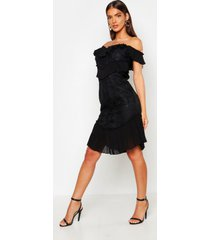 all over ruffle midi dress, black