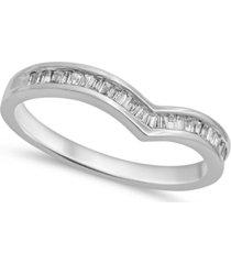 baguette chevron ring (1/7 ct. t.w.) in 14k white gold