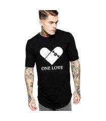 camiseta criativa urbana long line oversized one love skate