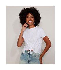 camiseta de algodão básica com nó manga curta decote redondo branca