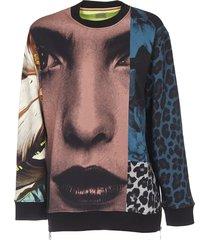 sweatshirt with multicolor print