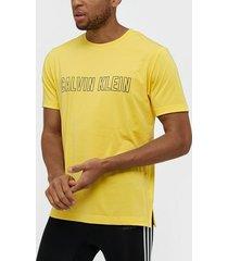 calvin klein performance short sleeve t-shirt tränings t-shirts goldfinch