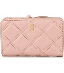 marc jacobs the quilted softshot compact wallet - neutrals