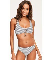 cast away soft crop bikini top