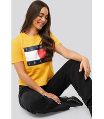 tommy jeans tommy flag tee - yellow