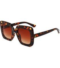 occhiali da sole quadrati fashion fashion da donna outdoor uv occhiali da vista thin high definition view sunglasses