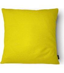 almofada em poliéster aquarela 40x40cm amarela