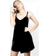 vestido negro a lo juana terciopelo